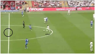 Allen, finding space behind the opposition marker, runs past him.