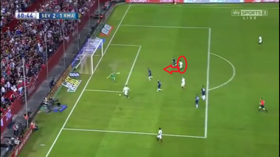 Banega made a perfectly timed diagonal run and Konoplyanka found him with an excellent pull-back