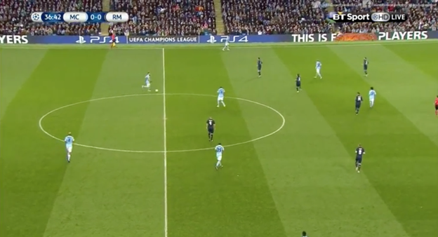 Otamendi brings the ball up the pitch with Fernando static and not compensating for his movement