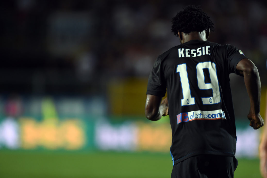 BERGAMO, ITALY - AUGUST 21: Franck Kessie of Atalanta BC in action during the Serie A match between Atalanta BC and SS Lazio at Stadio Atleti Azzurri d'Italia on August 21, 2016 in Bergamo, Italy. (Photo by Pier Marco Tacca/Getty Images)