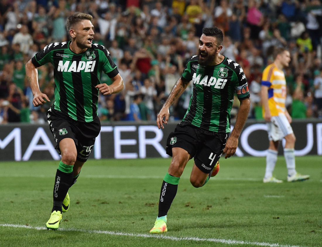 REGGIO NELL'EMILIA, ITALY - AUGUST 04: Domenico Berardi of US Sassuolo celebrates after scoring the goal 2-0 during the Third Qualifying Round Europa League between US Sassuolo and FC Luzern at Mapei Stadium - Città  del Tricolore on August 4, 2016 in Reggio nell'Emilia, Italy (Photo by Giuseppe Bellini/Getty Images)