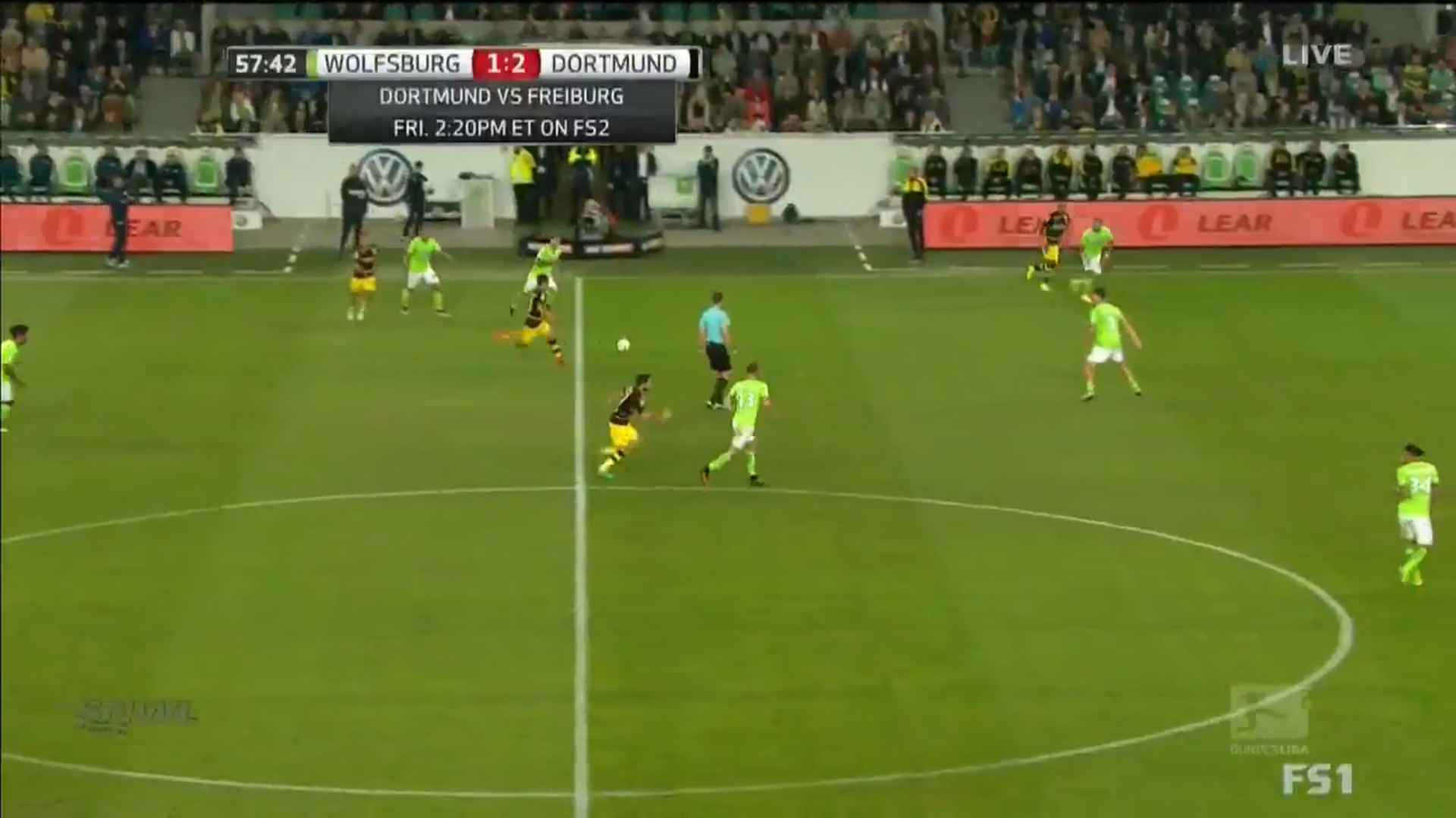 Götze plays to Guerreiro, while Castro is on the move