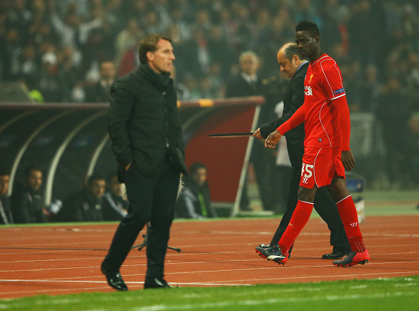 ISTANBUL, TURKEY - FEBRUARY 26: Mario Balotelli of Liverpool looks across as Brendan Rodgers manager of Liverpool as he is substituted during the UEFA Europa League Round of 32 second leg match between Besiktas JK and Liverpool FC on February 26, 2015 in Istanbul, Turkey. (Photo by Richard Heathcote/Getty Images)