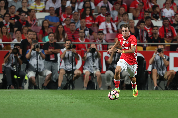 LISBON, PORTUGAL - AUGUST 21: Benfica's Portuguese midfielder Andre Horta during the match between SL Benfica and Vitoria Setubal FC for the Portuguese Primeira Liga at Estadio da Luz on August 21, 2016 in Lisbon, Portugal. (Photo by Carlos Rodrigues/Getty Images)